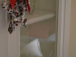 soggiorno 1: Soggiorno in stile in stile Classico di Alexandra Michelozzi architetto