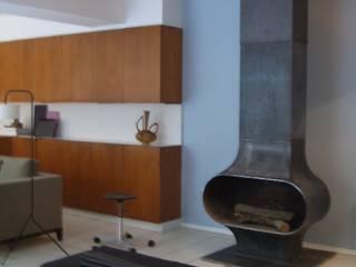 R75 - Paris Loft with a garden close to Pigalle tredup Design.Interiors Modern Living Room