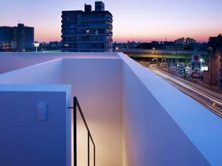 Varandas, marquises e terraços minimalistas por ハイランドデザイン一級建築士事務所 Minimalista