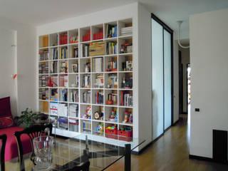 casa LA: Case in stile  di LACH Studio