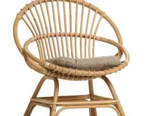fauteuil coquille Brigitte avec coussin:  de style  par KOK
