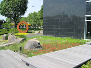 Office buildings by +grün GmbH, Modern