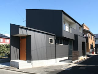 Eclectic style houses by 清水建築設計室 Eclectic