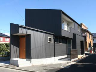 ちいさくつくる家: 清水建築設計室が手掛けた家です。