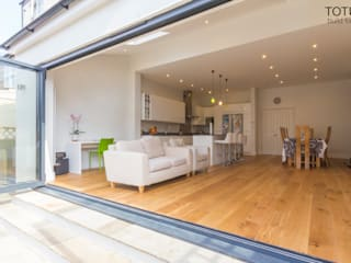 Extension in Sheen, SW14 Modern living room by TOTUS Modern