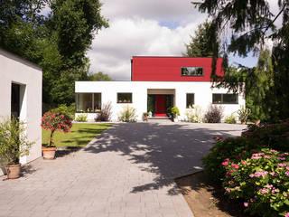 """""""MAX-Haus Design S"""" Moderne Häuser von MAX-Haus GmbH Modern"""