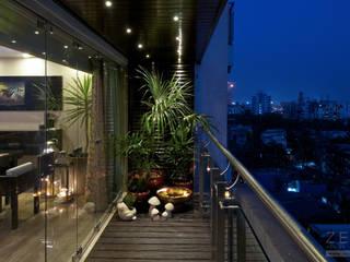 inside outside Modern balcony, veranda & terrace by ZERO9 Modern