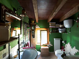 Eclectic style bathroom by INTERNO B Eclectic