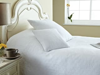 Blankets, Bedspreads & Throws by King of Cotton King of Cotton BedroomAccessories & decoration
