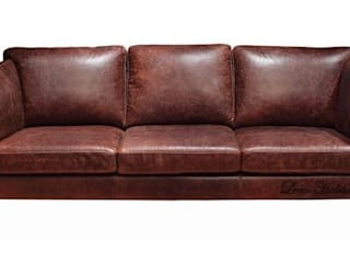 Designing with Leather Rustic Earth Sofa: modern  by Locus Habitat,Modern