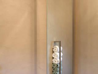 Beton Cirè meets Altbau-Villa, Gäste-WC Moderne Badezimmer von Einwandfrei - innovative Malerarbeiten oHG Modern