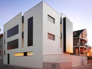 Smb arquitectura arquitectos en meliana valencia homify for Casa minimalista definicion