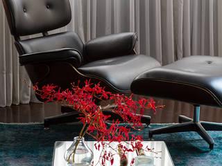 Lore Arquitetura ห้องนั่งเล่นเก้าอี้และเก้าอี้สูง
