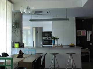 Cocina con encanto Cocinas de estilo moderno de GPA Gestión de Proyectos Arquitectónicos ]gpa[® Moderno