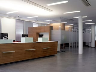 planlicht GmbH & Co KG Office spaces & stores
