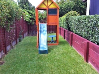 Climbing Frames For Small Gardens Minimalist style garden by Selwood Products Ltd Minimalist
