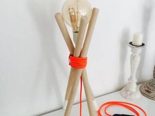 Ti(a)mo die Tischlampe: industriell  von Beton Cube,Industrial