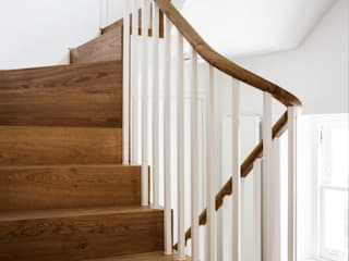 Staircase_after:  in stile  di V+V interni