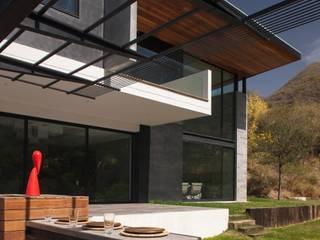 Moderner Garten von URBN Modern