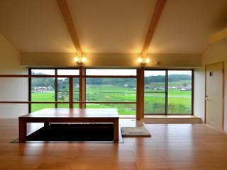غرفة المعيشة تنفيذ 宮崎環境建築設計