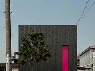 松原の黒い家: eu建築設計が手掛けた家です。