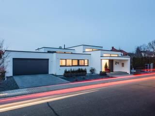 Casas de estilo  por Helwig Haus und Raum Planungs GmbH