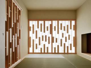 House of Representation モダンな 壁&床 の Form / Koichi Kimura Architects モダン