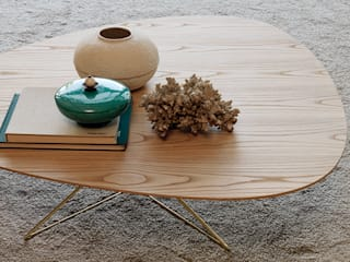 ​DABLIU COFFEE TABLE: Setsu & Shinobu Itoが手掛けたです。