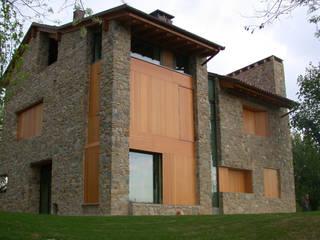 casa nel paesaggio Case di mmkm architetture