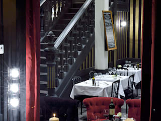 Restaurant Corse à Bordeaux: Locaux commerciaux & Magasins de style  par TENDANCE DECO