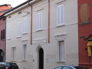 Villa privata a Ferrara: Case in stile  di baranzoni architetti