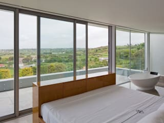 Bedroom by JAMIE FALLA ARCHITECTURE, Modern