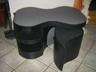 table cacahuète et poufs par ArchiCarton Moderne