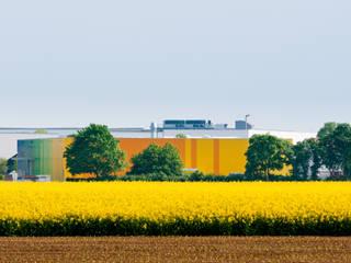 Rainbow Ribbon - Stahlhalle mit Bürotrakt in Heddesheim Moderne Bürogebäude von Helwig Haus und Raum Planungs GmbH Modern