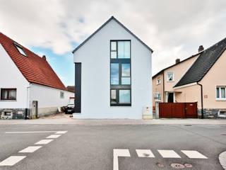 Box House - Einfamilienwohnhaus, Lorsch Moderne Häuser von Helwig Haus und Raum Planungs GmbH Modern