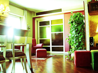 colore & calore: Soggiorno in stile in stile Classico di EGstudio