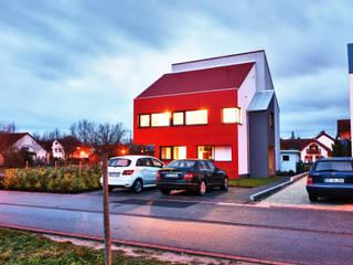 Einfamilienwohnhaus in Heppenheim Moderne Häuser von Helwig Haus und Raum Planungs GmbH Modern