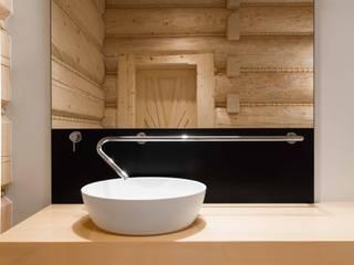 Modern bathroom from Luxum Modern bathroom by Luxum Modern