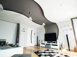 Wohnzimmer von Bednarski - Usługi Ogólnobudowlane, Modern