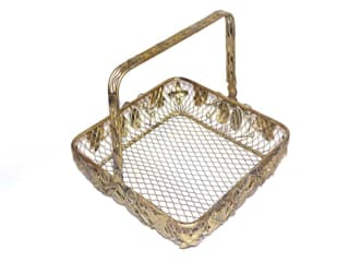 Leaf Design Wire Fruit Basket by M4design