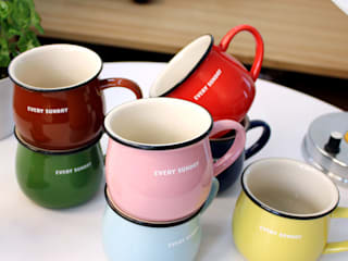 RETRO MUG CUP:   by PLAN d