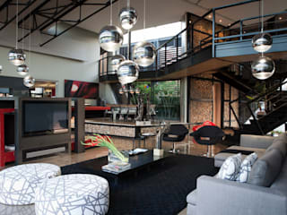 Phòng khách theo Nico Van Der Meulen Architects ,