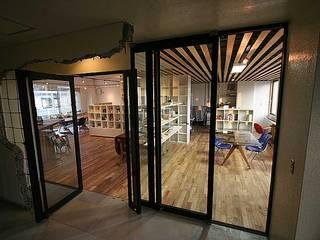 interior: カーポス工作所一級建築士事務所が手掛けたです。