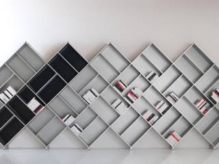 Libreria modulare Fitting Pyramid: Soggiorno in stile in stile Moderno di Piarotto.com -  Mobilie snc