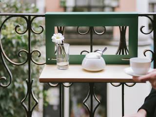Balkon, Veranda & Terrasse von NIMIO · muebles que buscan personas