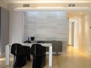 Appartamento a Milano: Case in stile in stile Moderno di Anna Costella Architetto