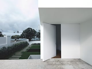 Fenêtres & Portes modernes par Barbosa & Guimarães, Lda. Moderne