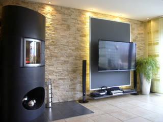 Wohnberatung - Einfamilienhaus in Lünen Moderner Multimedia-Raum von raum² - wir machen wohnen Modern