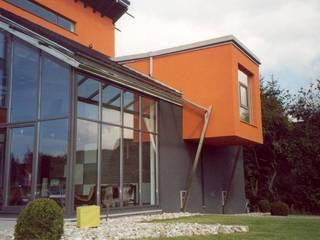Industrial style houses by Planungsbüro G A G R O Industrial