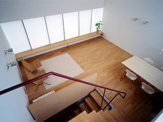 藤久保の家 吉田豊建築設計事務所 YUTAKA YOSHIDA ARCHITECT & ASSOCIATES モダンデザインの リビング